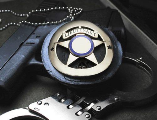 Possesso di segni distintivi contraffatti – Corte di Cassazione, sez. V penale, sentenza 27 aprile 2016, n. 34894